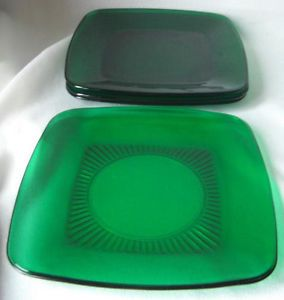 Anchor Hocking Fire King Forest Green Glass Charm Salad Plates 6 5 8""