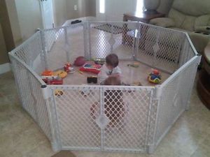 Baby Toddler Pet Plastic Fence Enclosure North States Play Yard Used