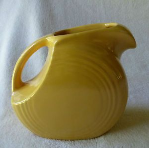 Fiesta Ware Vintage Old Yellow Small Disc Pitcher Fiestaware Homer Laughlin