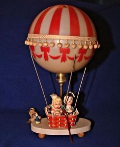Vintage Art Deco 1950's Table Lamp Hot Balloon with Ceramic Figurines