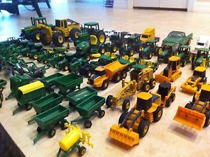 Mixed Lot of 64pc Ertl 1 64 1 16 John Deere Hauler Trucks Tractors Airplane