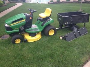 John Deere La 105 Lawn Tractor Riding Mower