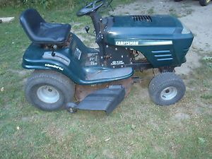 Craftsman 19 5 HP Briggs and Stratton Riding Rider Lawn Mower Tractor