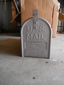 Vintage Heavy Duty Jackes Evans Post Mount Mailbox Silver Gray Galvanized Steel