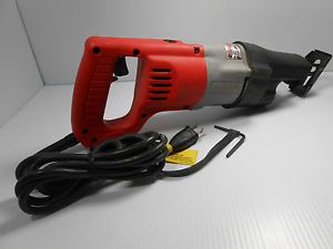 Milwaukee Heavy Duty Sawzall 6507 21 Corded Power Tool