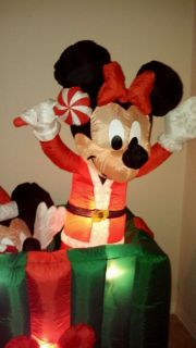 Gemmy Airblown Inflatable Christmas 6ft Animated Disney Mickey Minnie