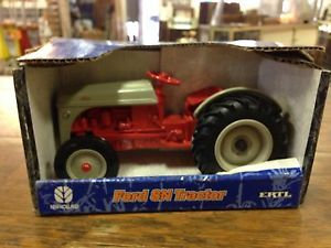 Ertl Ford 8N Tractor Diecast Metal 1 16 Scale Toy Tractor 1 of 2