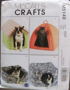 Soft Pet Beds Dog House Cat Igloo Puppy Cubby Sewing Pattern McCall's 5149