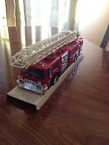1986 Hess Toy Fire Truck Bank Engine Ladder with Original Box New RARE