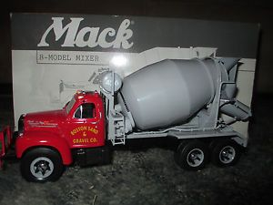 First Gear 1960 Mack B Model Mixer 1 34 Scale Diecast Boston Sand Gravel