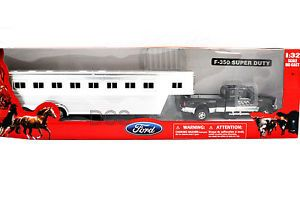 New Ray Ford F350 Track Super Duty Black Fifth Wheel Horse Trailer Diecast 1 32