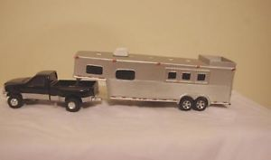 1 64 Custom Horse Trailer Farm Toy Goes with DCP or Ertl