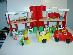 Fisher Price Little People Barn Silo Truck Horse Trailer Pigs Tractor Farmer