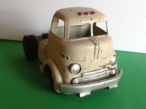 Vintage Wyandotte Heavy Pressed Steel Truck Cab No Rust Tires Good Needs Work