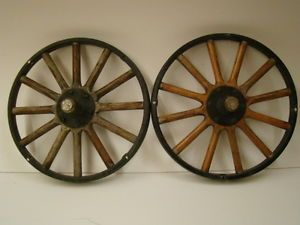 Ford Model T Front Wheels with Hubcaps and Bearings