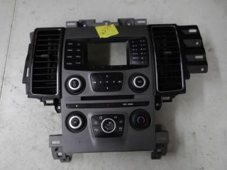 13 Ford Taurus Radio Heater A C Controls Dash Bezel w Air Vents