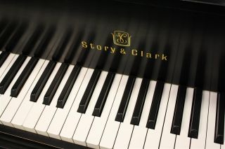 Yamaha Baby Grand Piano Story Clark Model 158 Yamaha G2