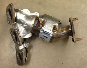 Exhaust Manifold Catalytic Converter 01 02 Ford Escape