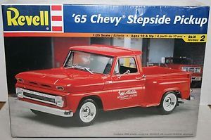 Revell 1965 65 Chevy Chevrolet Stepside Pickup Truck Plastic Model SEALED