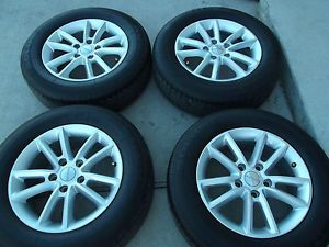 "17"" Dodge Journey Factory Wheels Kumho Tires Rims Grand Caravan 2460"