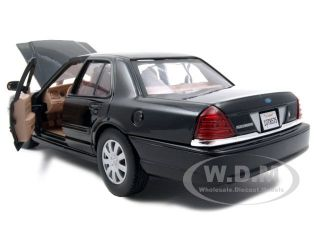 2007 Ford Crown Victoria Black Undercover Car 1 24