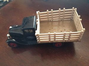 Ertl Vintage 1 43 Scale Die Cast Truck 1930 Chevy Stake Bed Old Stock