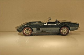 Danbury Mint 1968 Corvette Convertible British Racing Green with Tan Top