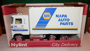 Vintage Nylint Napa Auto Parts City Delivery Box Truck Pressed Steel Toy Truck