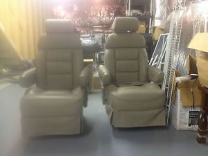 Ford E 150 Conversion Van Second Row Captain's Chairs