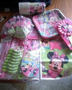 Disney's Minnie Mouse Birthday Party Supplies 81 Pieces