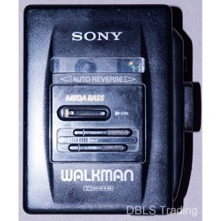 Sony Walkman Wm 2055 Mega Bass Auto Reverse Cassette Player