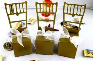 New 100pcs Cute Chair Wedding Favors Candy Box Bell Ribbon Gift Boxes 2 Colors