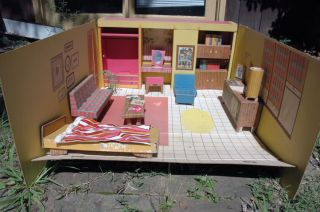 Vintage Barbie Dream House 1962 Complete w Accessories