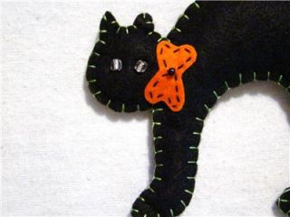 "Hand Crafted Felt Halloween Cat Ornament Pair 4"" x 5"" New"