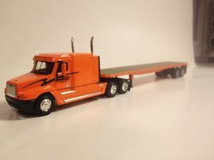 PEM 1 64th Scale Schneider Tractor Trailer Flatbed M76703