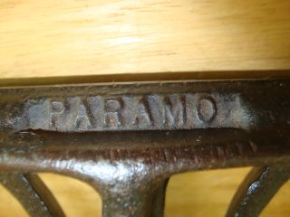 Antique Old Vintage 1945 Paramo Iron Adjustable Hand Saw Clamp Vice Work Bench