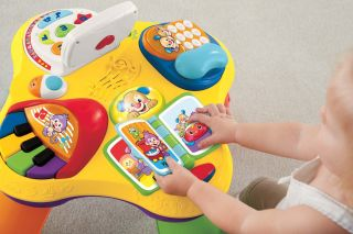 Fisher Price Laugh Learn Kids Puppy and Friends Learning Play Table Y6966