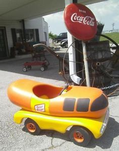 RARE Oscar Mayer Wienermobile Pedal Car Child's Toy Advertisement Hot Dog Kids