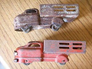 2 Very Old Rusty Tin Truck Trucks Kids Toys 1940's Antique Car