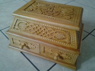 Armenian Hand Carved Wooden Jewelry Box Jewel Case Handmade Woodworking Art