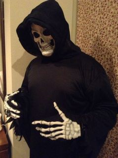 Adult Man Costume Grim Reaper Skeleton Mask Hooded Robe Scary Hands Halloween