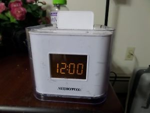 Audiovox White Cube Dual Digital Alarm Clock Radio with iPhone iPod Dock Docking