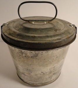 W German Tin Lock Down Lid Bundt Cake Jello Mold Carrier Excellent Condition