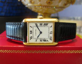 Mens Vintage Cartier Tank 18K Yellow Gold Roman Numeral Hour Markers Watch