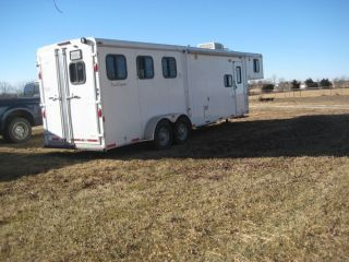 Bison Trail Express Horse Trailer Model 310 3 Horse with Living Quarters