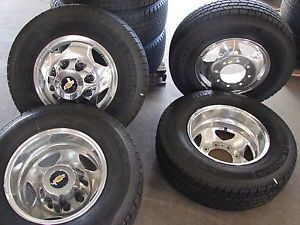 "6 17"" 2013 Chevy Silverado 3500 Dually Factory Wheels Michelin Tires"