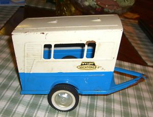 Nylint Ford Hot Rod Vacationer camper Trailer Pressed Steel Toy 1960s