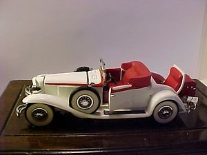 1991 Franklin Mint Precision Model White Red Convertible Vintage Car Doors Open