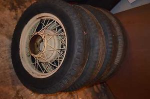1932 Ford Model B Wheels in Good Condition