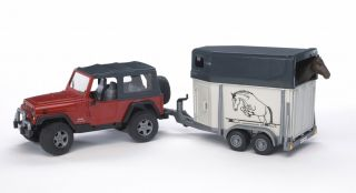 Bruder Jeep Wrangler Unlimited with Horse Trailer 02921